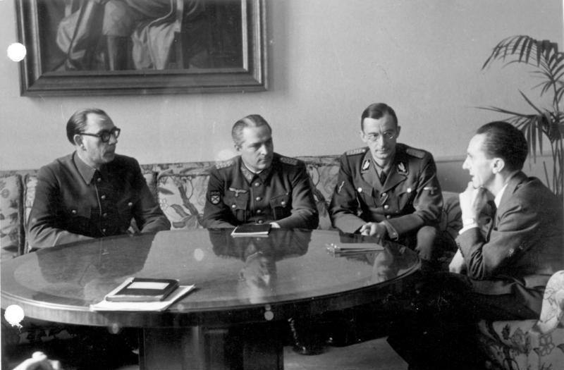 Wlassow und Schilenkow bei Goebbels
