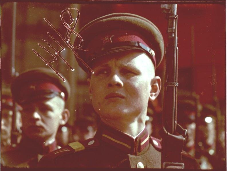 Первомайская демонстрация 1947 г. в Москве. Владислав Микоша12.jpg