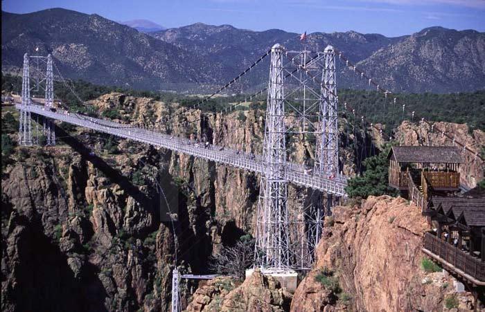 самые удивительные мосты в мире