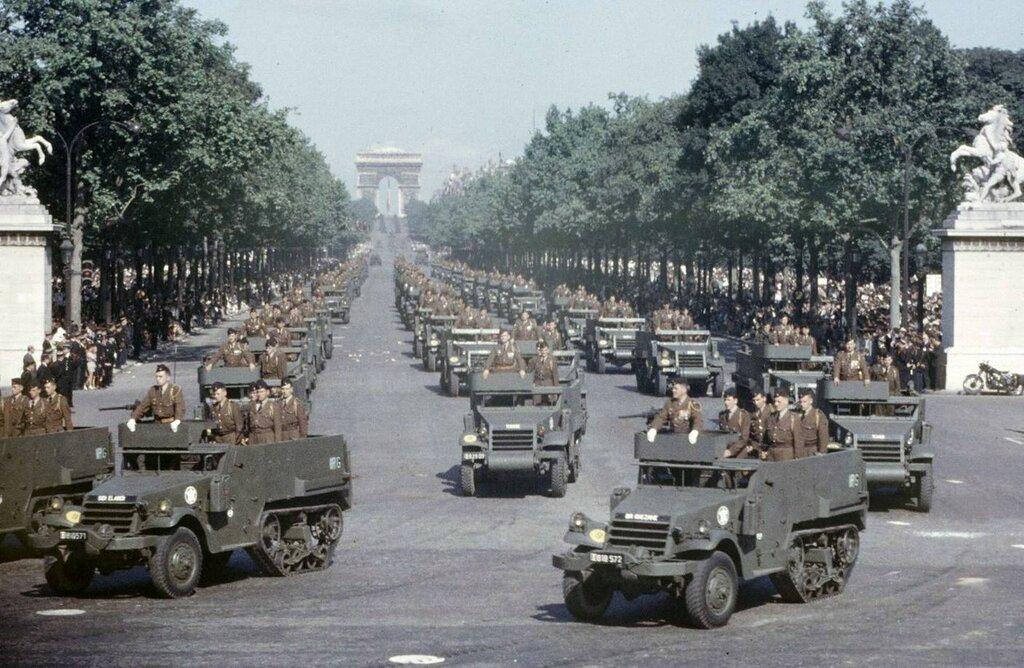Parade of July 14, 1958