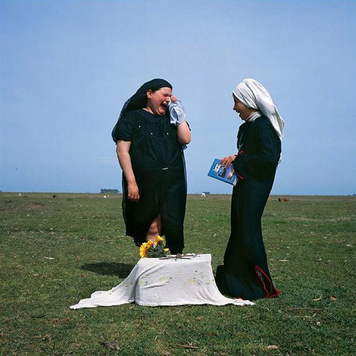 17. Похороны, 2001