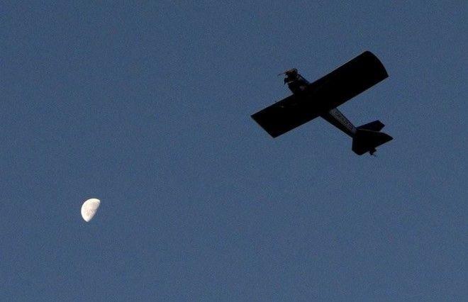 Чех смастерил самолет и летает на нем на работу
