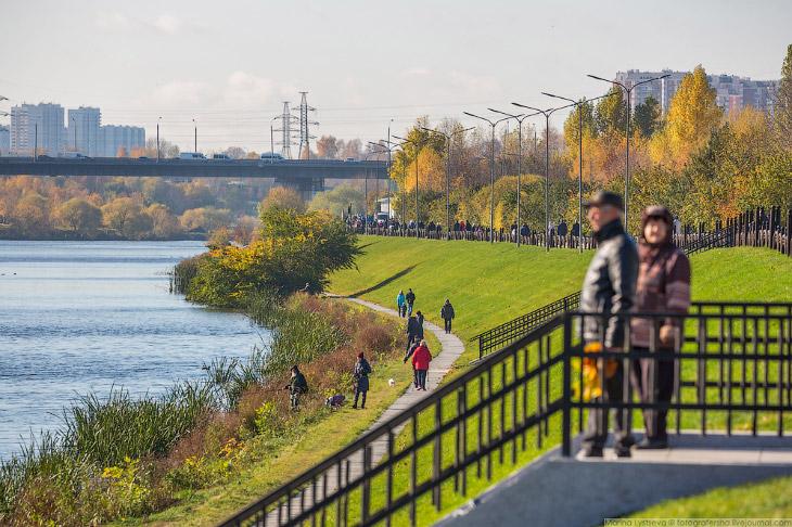 Фотографии и текст Марины Лысцевой   1. Комплексное благоустройство парка началось в июне этого