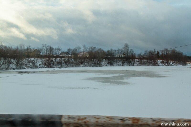 Деревня Волково на берегу реки Волготня, Ярославская область