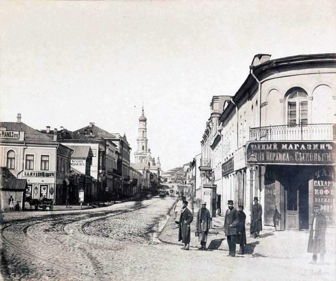 Выход Московской улицы к Харьковскому мосту