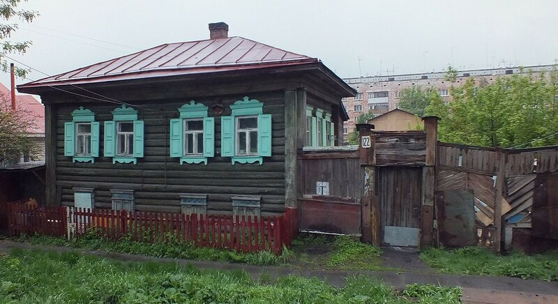 Деревянному дому сто лет