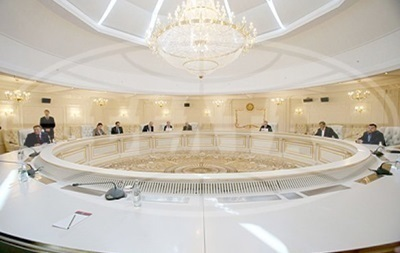 В Минске проходит заседание двух подгрупп по Донбассу