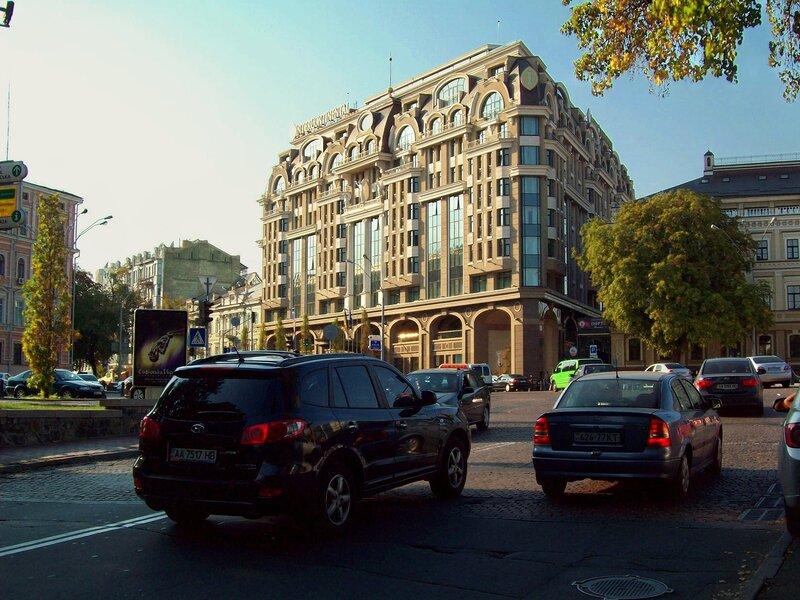 киев гостиница интерконтиненталь