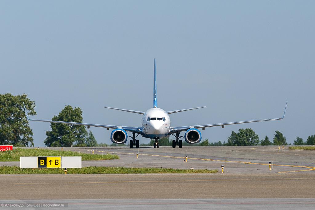 Boeing 737 в Победилово