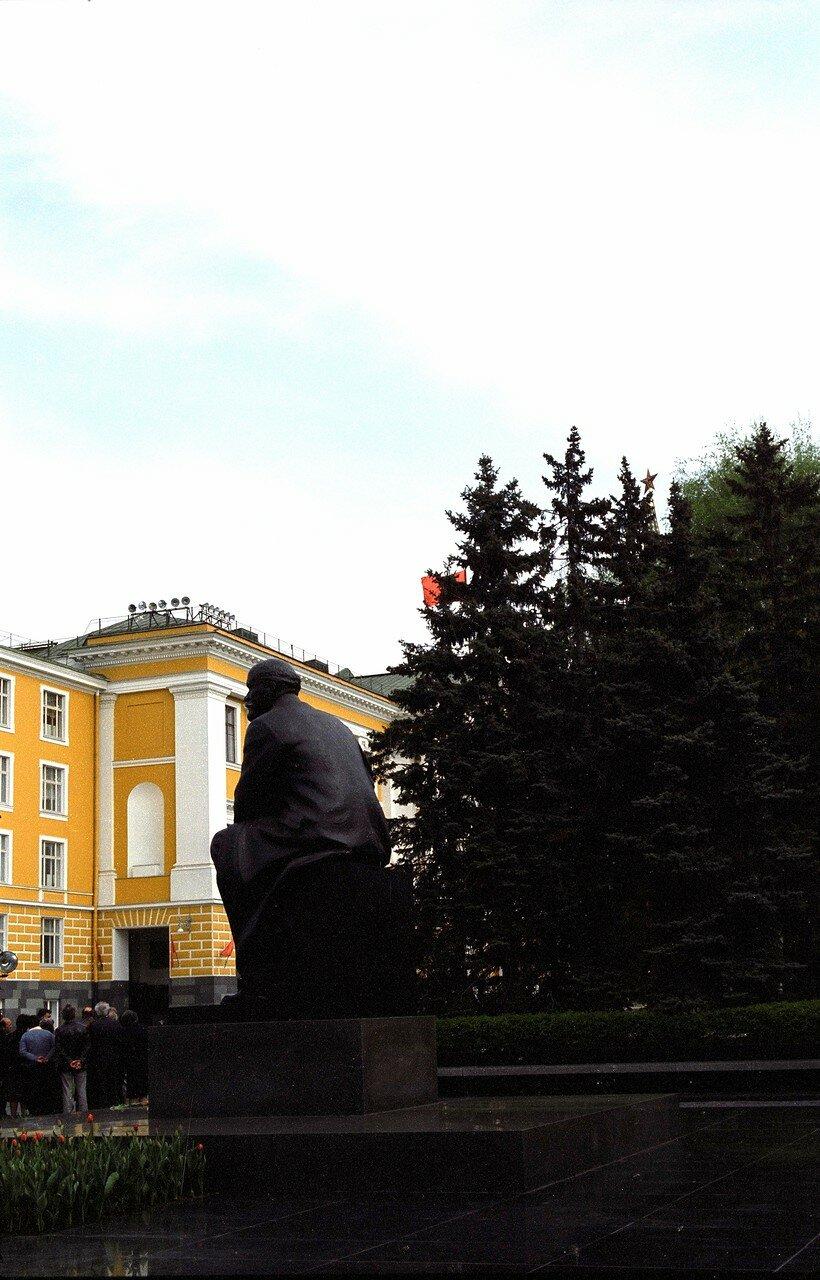 Статуя Ленина в Кремле