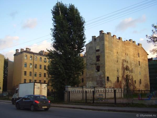 11-я Красноармейская, 7, заброшенное жилое здание