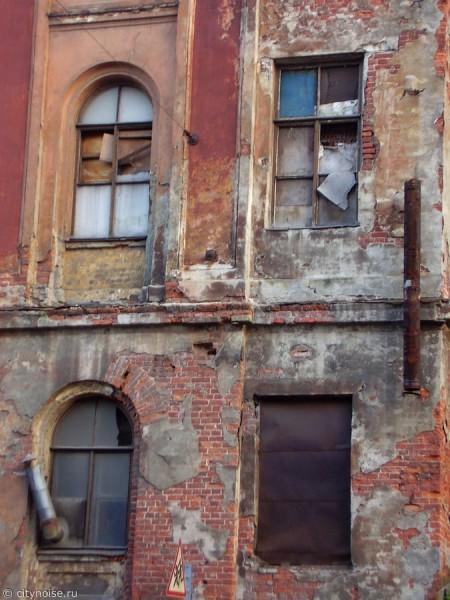 12-я Красноармейская, 38, заброшенное здание