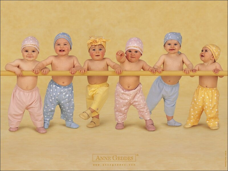 Милые детишки - фото работы Anne Geddes