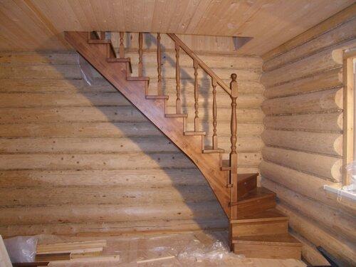 Лестницы на второй этаж в бане своими руками 91