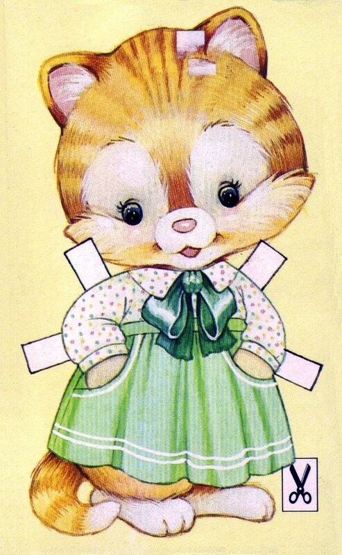 Котёнок и одежда из бумаги для