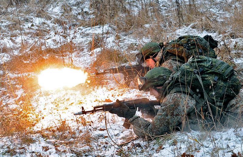 Fuerzas Armadas de la Federación Rusa - Página 2 0_9087d_d8aae0f2_orig
