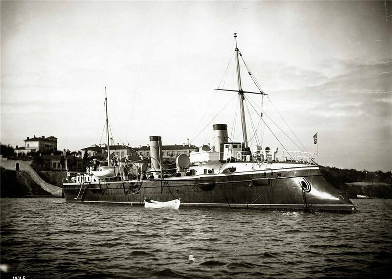 «Капитан Сакен» — минный крейсер Черноморского флота.