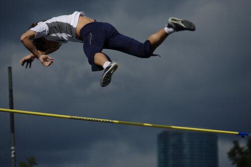 прыжок с шестом