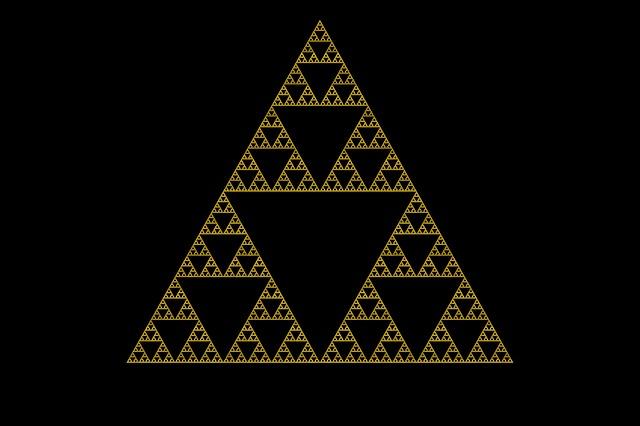 sierpinski-triangle-427158_640.jpg