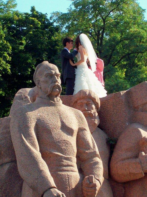 Памятник Переясловской Раде