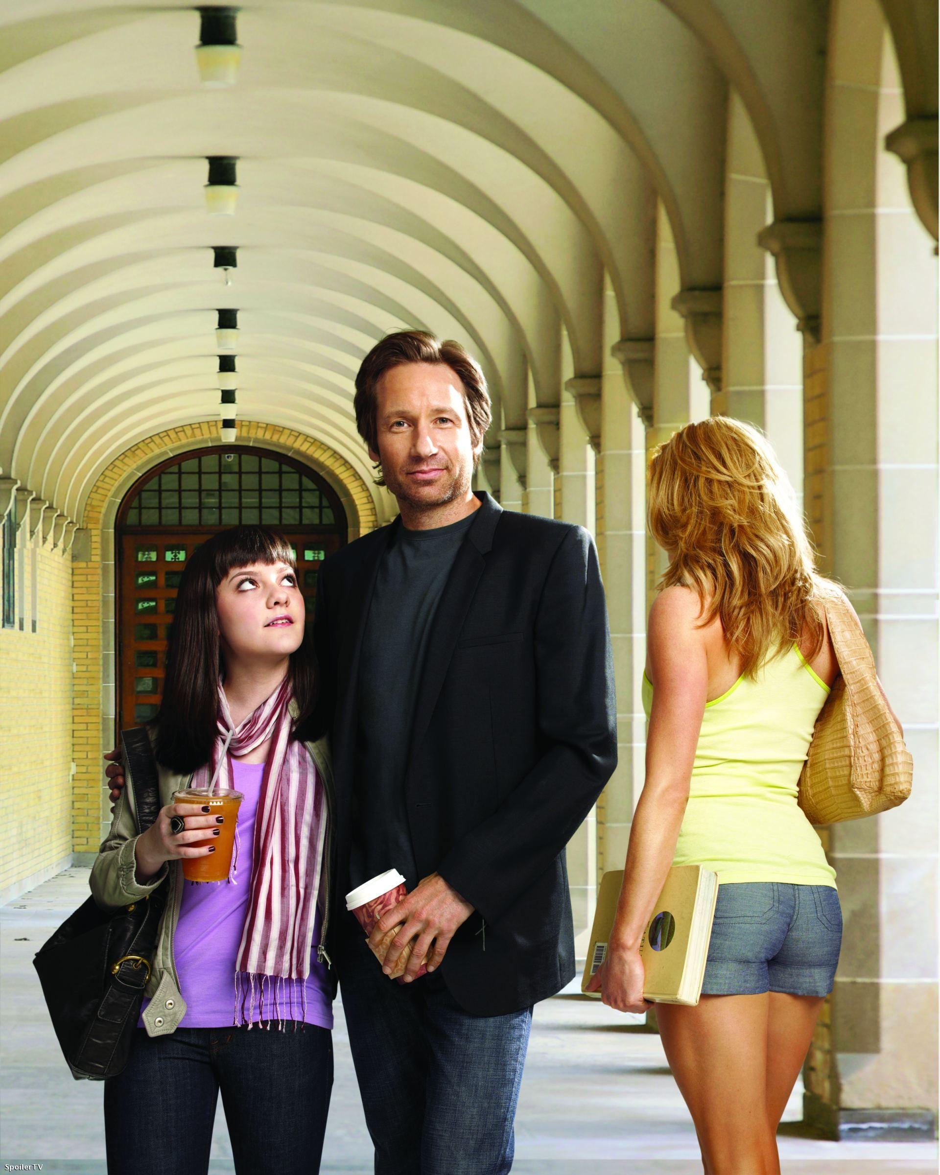 блудливая калифорния 4 серия 1 сезон смотреть онлайн