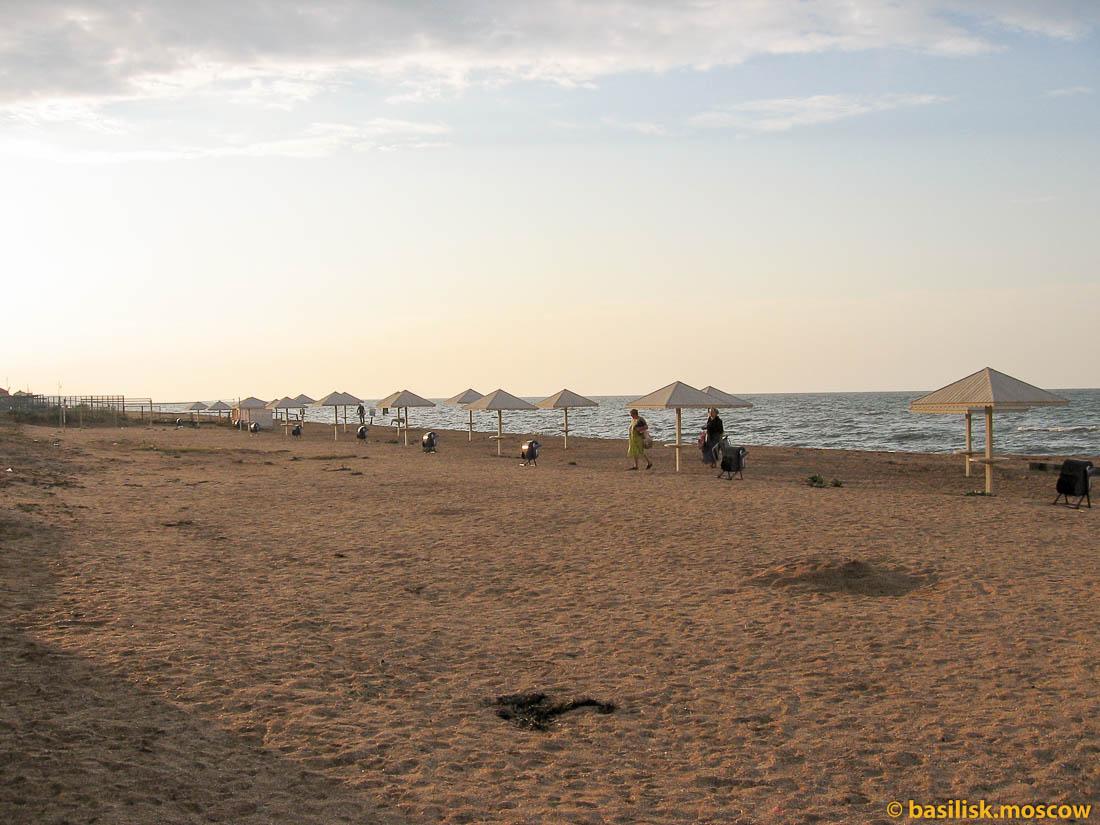 Азовское море. Пляж Посейдон. 2014.