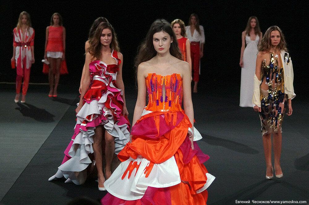 чего начинать показы мод в москве в мае товары для ИП: