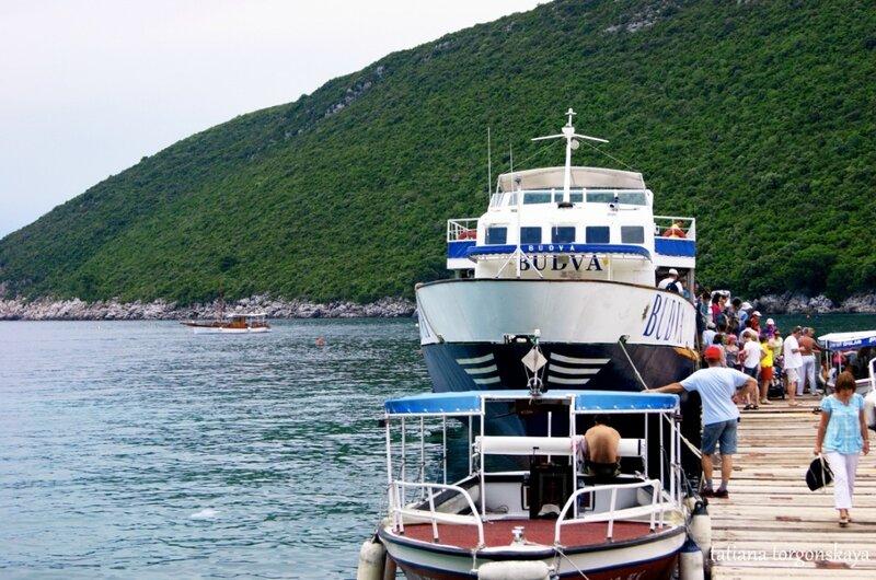 Экскурсионные лодки