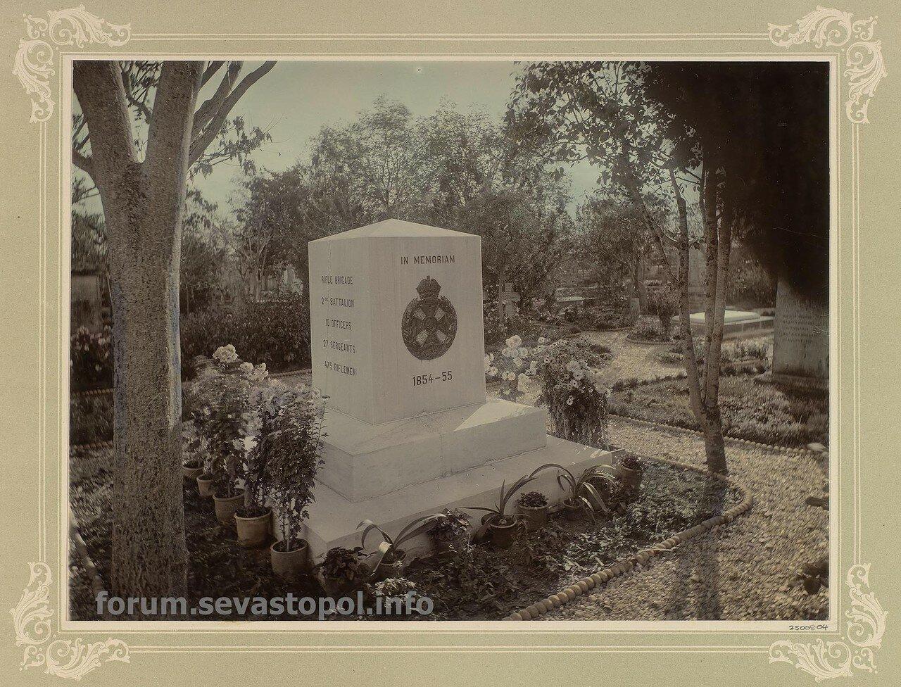 На Английском кладбище под Севастополем