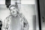 Отец на кухне нашей квартиры на Советском проспекте в Калининграде, февраль 1964 г.