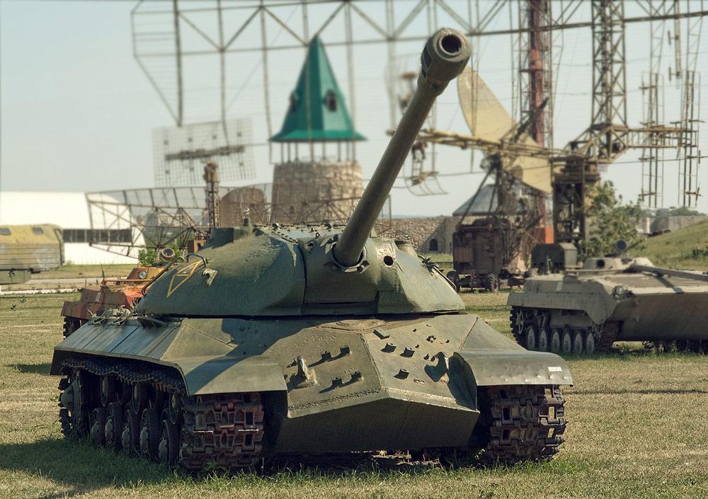 Технический музей Тольятти - танк для ядерной войны