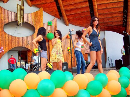Киев.Репетиция на сцене Зелёного театра