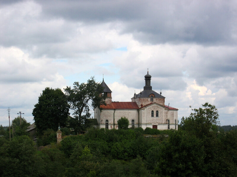 храм во имя мучеников Флора и Лавра в деревне Клюкошицы
