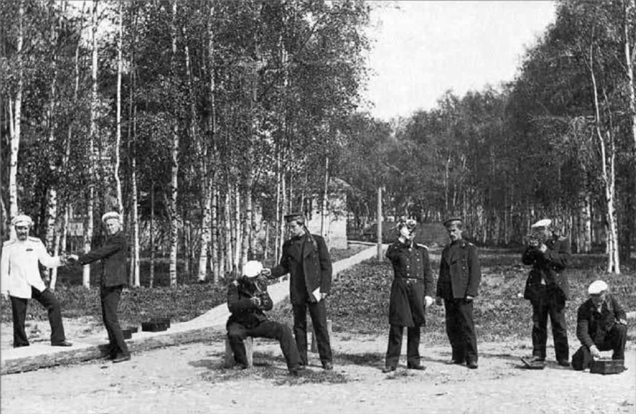 Занятия по навигации в Архангельском торгово-мореходном училище. 1910-е