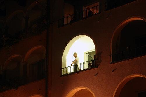 Освещенное окно