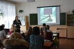 Меркулова Н.Н., педагог-психолог проводит секцию по проблемам инт-зпависимости