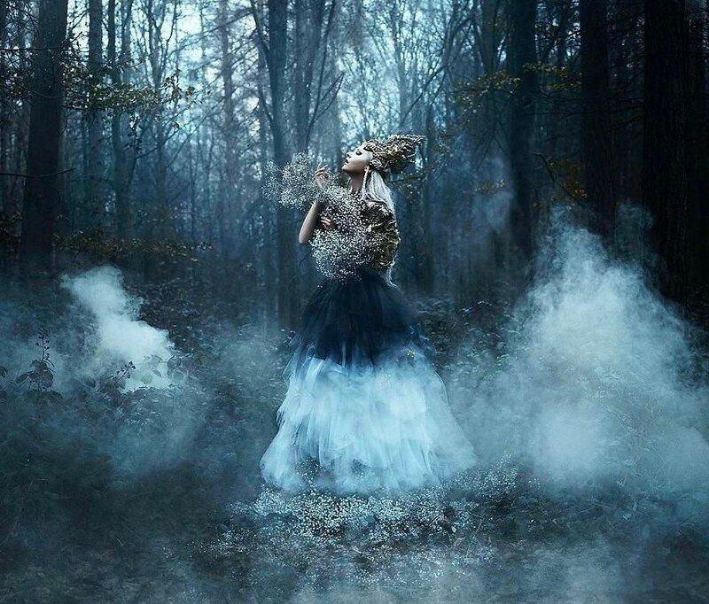0 17de18 491b5a6b XL - Чувственная фотосессия девушек в красивых платьях