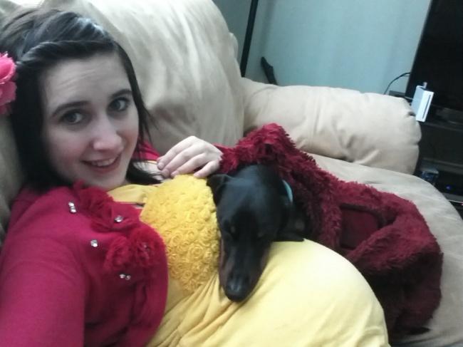 © Hannahstarzz / imgur     «Яна9-м месяце беременности. Оннаучился приспосабливаться!»