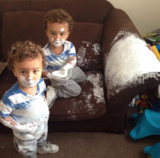 Доказательства того, что близнецы в семье — ноль шансов на скуку