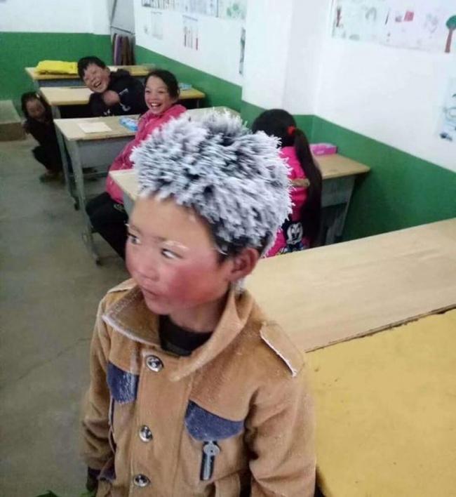 Для «ледяного мальчика», который пришел сдавать экзамен несмотря намороз, собрали $450тыс. (1 фото)