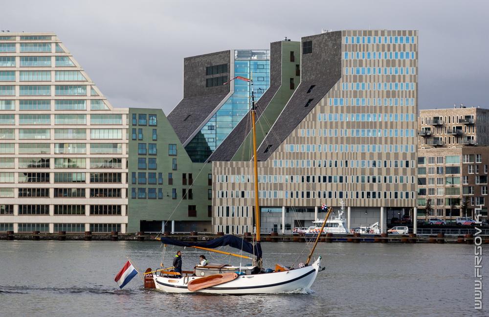 Обратная сторона Амстердама