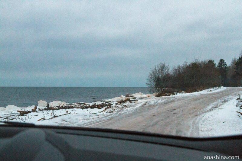 Дорога вдоль Онежского озера