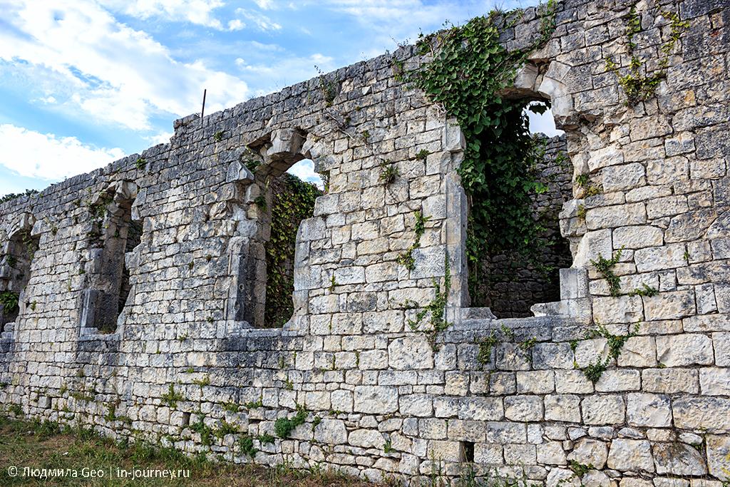 Анакопийская крепость фото