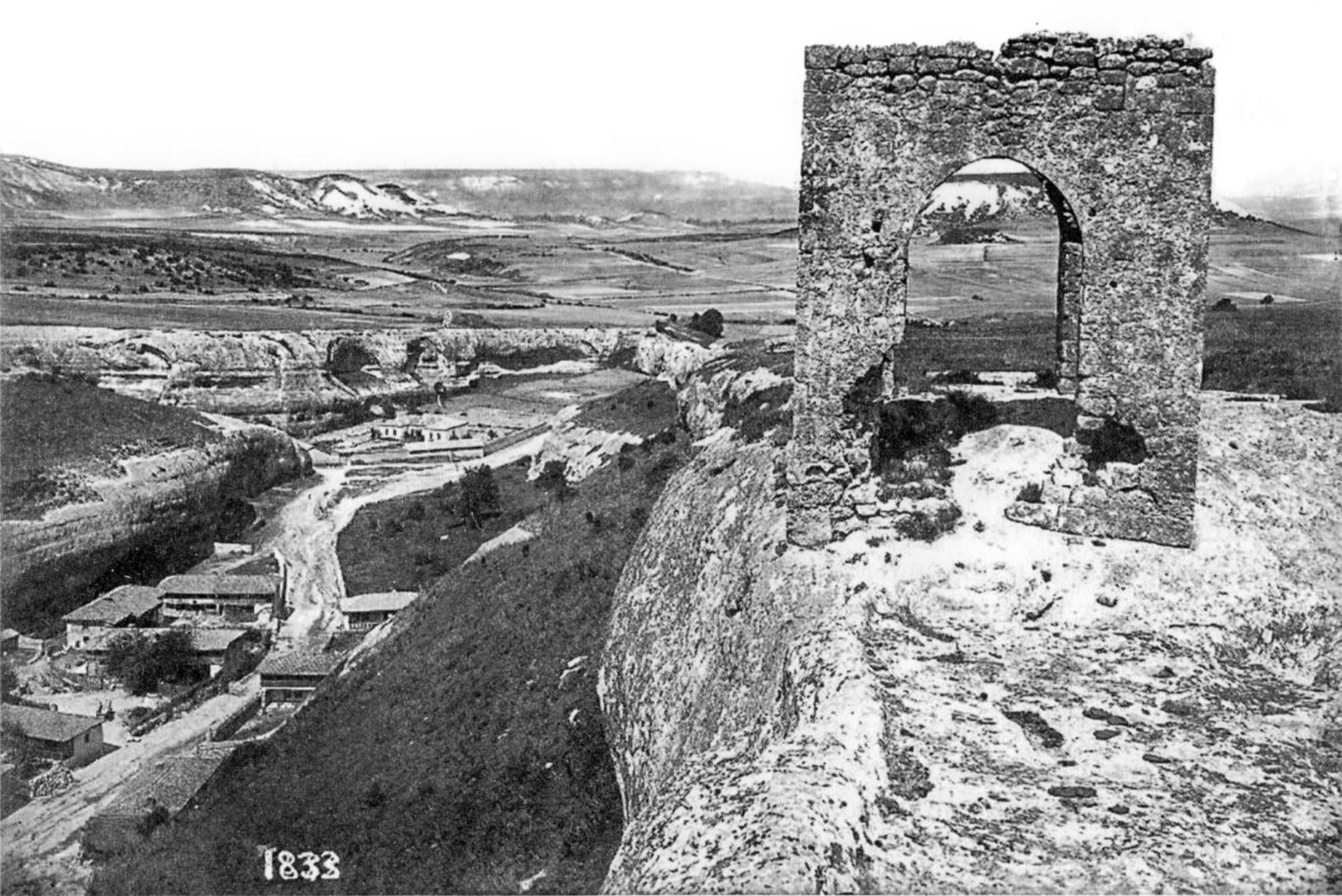 Вид башни городища Кыз-Куле
