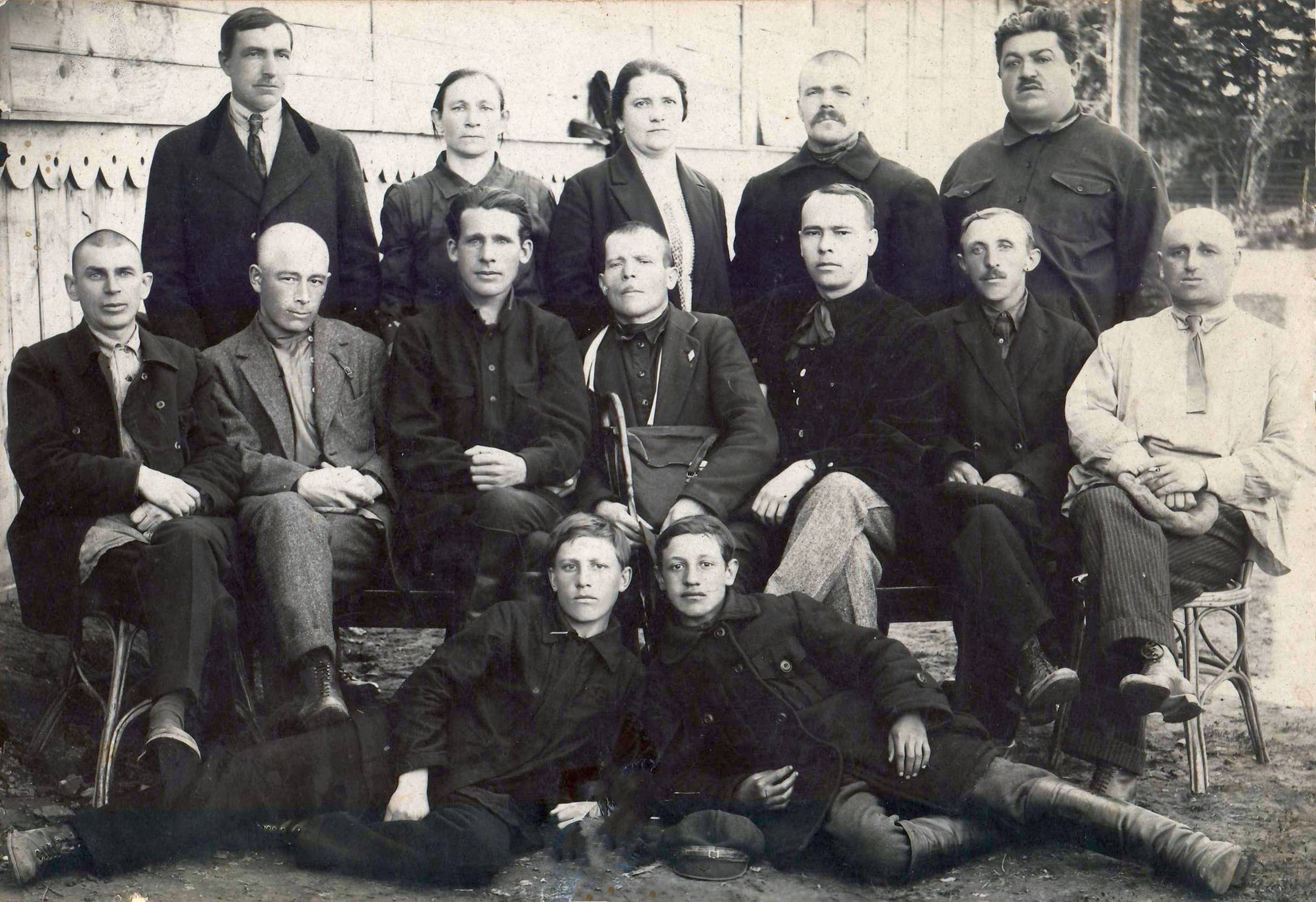 1927. Коллектив горсада