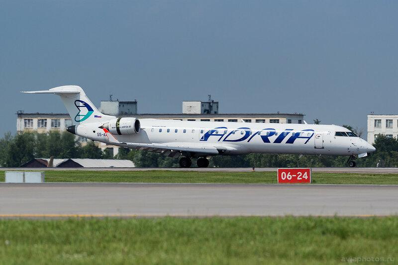 Bombardier CRJ-701 (S5-AAY) Adria 404_D802167