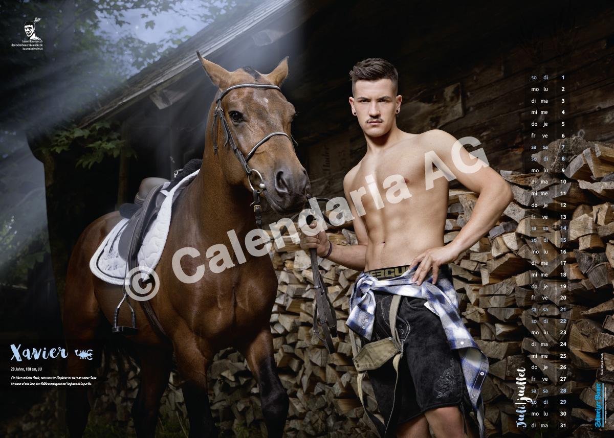 Швейцарские фермеры в календаре «Schweizer Bauernkalender Boys 2018»
