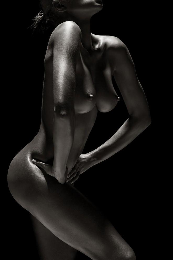 Эстетика обнажённого тела в работах André Brito