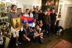 У Никиты С. Михалкова с сербами из Косово.jpg