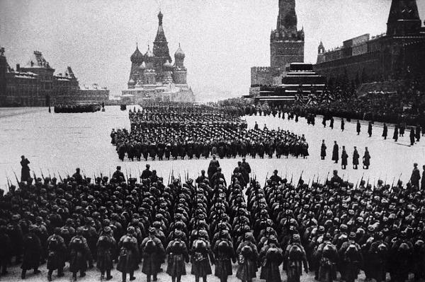 Парад. Красная площадь 1941 открытки фото рисунки картинки поздравления